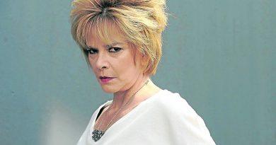 María Leal: «El teatro no puede morir»